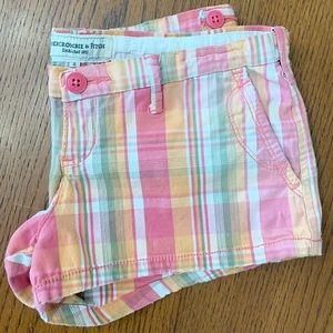 Abercrombie & Fitch Plaid Shorts (0)